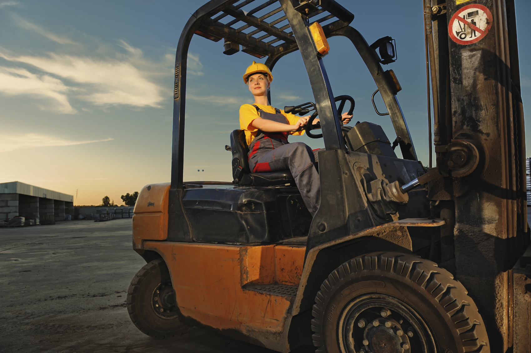 forklift purchasing tips